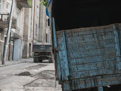 Blue Truck, Tbilisi, 2015